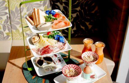 leidenschaftlich frühstücken, Essen und Trinken, Kaffee und Kuchen im Cafe Die Kaffeemacher in den Stadtgalerien in Schwaz in Tirol