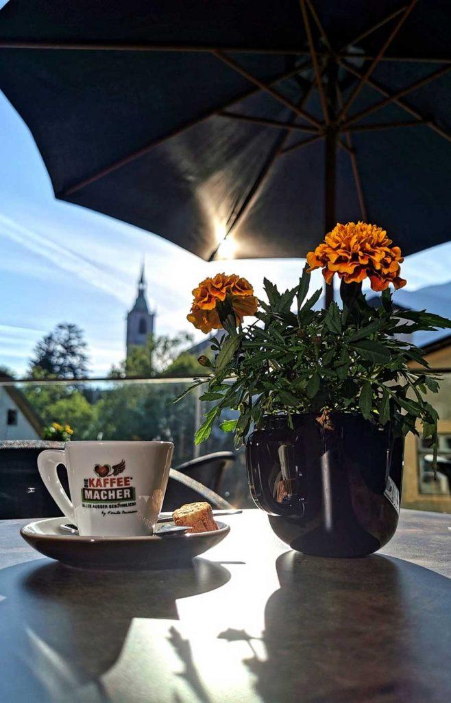 Die Terrasse mit wunderschönen Ausblick im Cafe DIE KAFFEEMACHER in der Stadtgalerie in Schwaz
