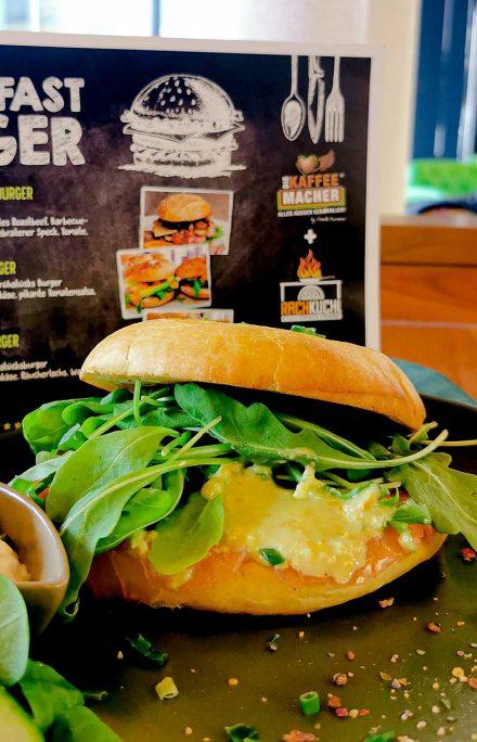 Nippon Frühstück-Burger leicht, vital, anregend, unbeschwert = fit in den Tag